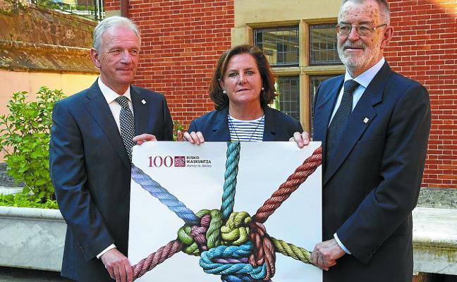 El Ayuntamiento de San Sebastián decide otorgar la Medalla de Oro a Eusko Ikaskuntza