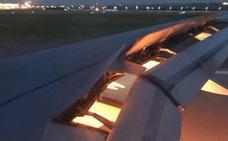El avión de Arabia Saudí se incendia en pleno vuelo