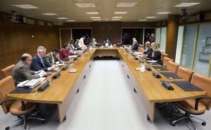 PNV y EH Bildu aprueban en solitario las bases competenciales del nuevo estatus
