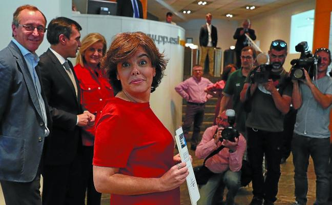 El PP vasco se divide en la carrera sucesoria del partido