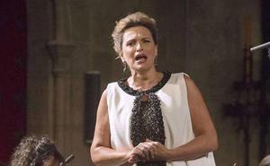Ainhoa Arteta homenajea a Bernstein en el cierre de la temporada del Arriaga