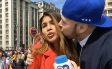 Una reportera colombiana, acosada mientras informaba del Mundial