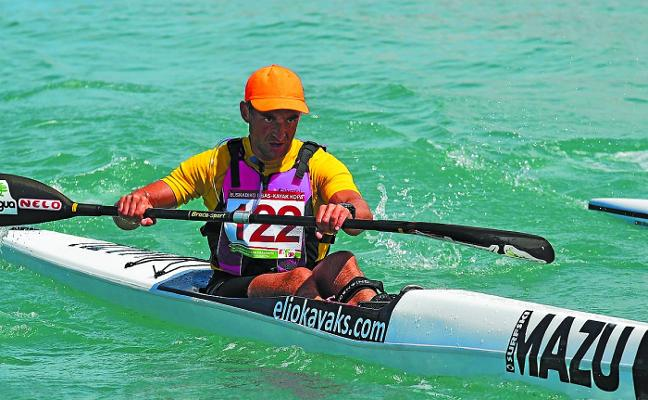 Ruiz de Aretxabaleta nuevo campeón de Gipuzkoa de kayak de mar
