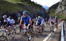 Más de mil cicloturistas guipuzcoanos en la Quebrantahuesos