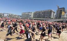Ambientazo y récord de participación en la X edición del Triatlón Popular de la Mujer
