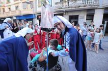 Tamborrada infantil y calor en el día de San Juan de Eibar