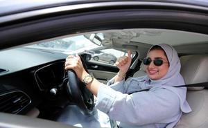 Termina la prohibición de conducir para las mujeres en Arabia Saudí