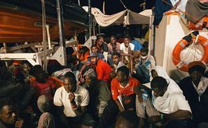 Bruselas insta a los países de la UE a cooperar bilateralmente a la espera de una reforma completa del asilo