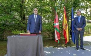 El nuevo delegado del Gobierno pide un acercamiento de presos «progresivo e individual»