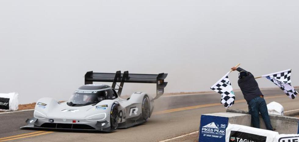 Un coche eléctrico corre más que Loeb