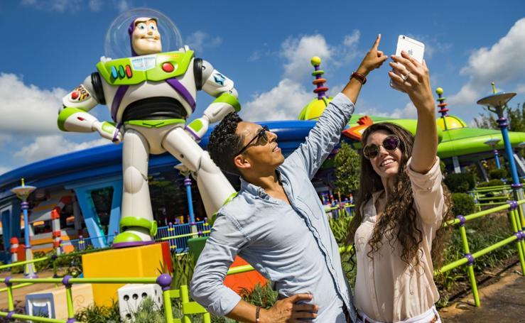 Toy Story Land abre sus puertas