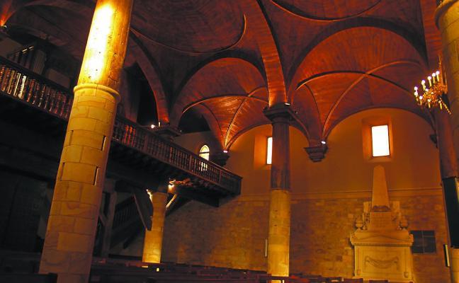 Visita a San Martín de Tours y casco antiguo