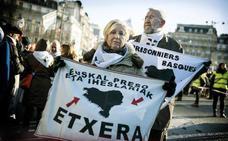 Etxerat pide «rapidez y urgencia» en el acercamiento de presos de ETA a cárceles vascas