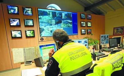 Las tres capitales vascas se suman a la segunda OPE unificada de la Policía Local, que oferta 226 plazas