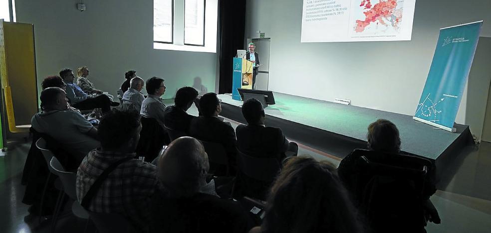 El Consejo Social diseña la Donostia de 2030 en Tabakalera