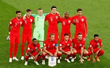 Inglaterra, emocionada con su 'simpática' selección multirracial