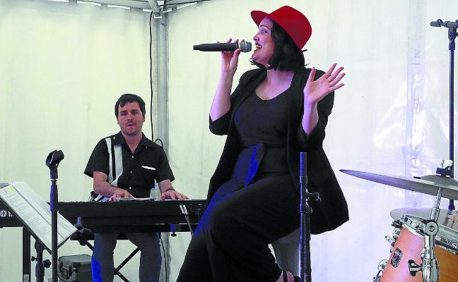 Sagardo plaza se animó en la quinta edición de Urumea Blues&Festibal