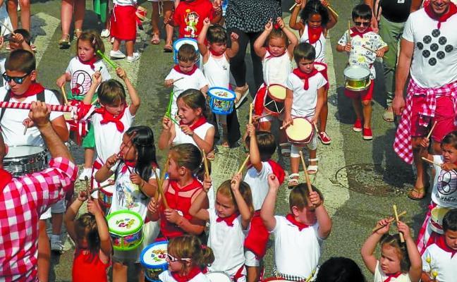Los niños también disfrutan en Lesaka