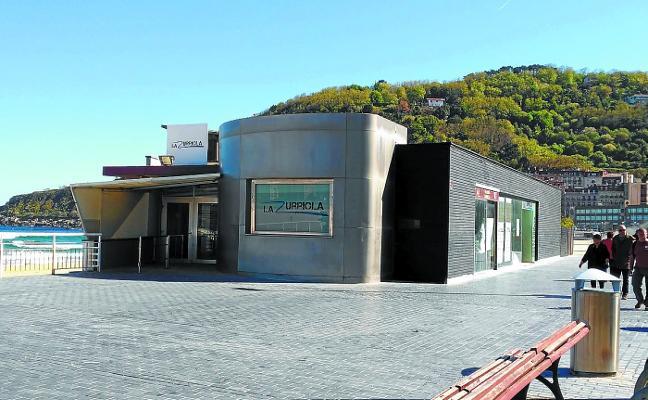 El Ayuntamiento de San Sebastián acuerda con la dirección de Costas ampliar el abanico de usos del local del ZM