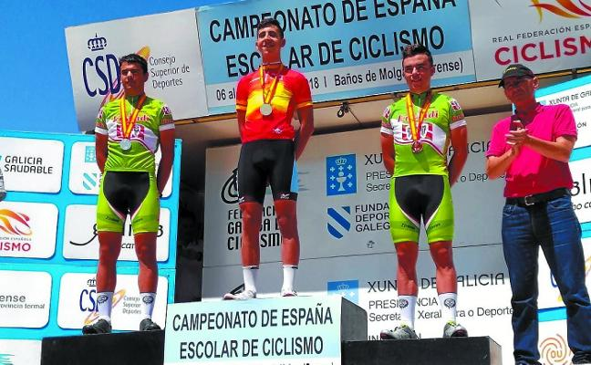 Doblete de Aimar Erostarbe en los campeonatos de España de ciclismo escolar