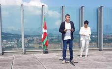 Otegi ensalza el «histórico» acuerdo de autogobierno «entre las dos familias abertzales»