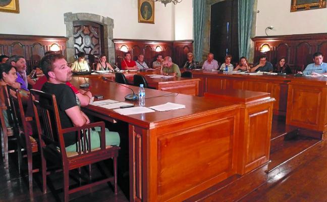 El Ayuntamiento paraliza los pliegos de la ayuda a domicilio