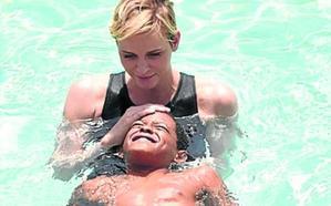 Se ahoga la hija de unos amigos de Charlene