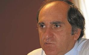 Sabin Azua: «Está bien primar fiscalmente a la empresa que genera riqueza y penalizar a la que no»