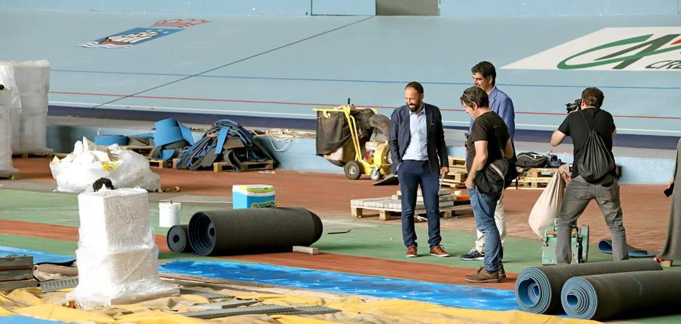 La nueva pista de atletismo del velódromo de Anoeta, «a buen ritmo»