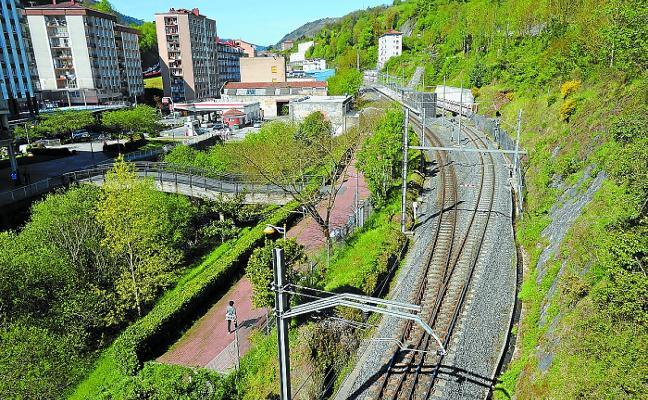 Gobierno Vasco y Ayuntamiento costearán al 50% el paseo entre Estaziño y Azitain