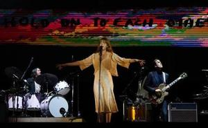Florence and the Machine triunfa en el BBK Live insuflando intensidad a su pop barroco