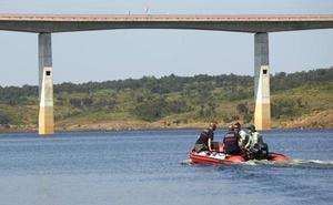 Buscan a un vecino de Beasain que se precipitó a un río de Salamanca desde un puente