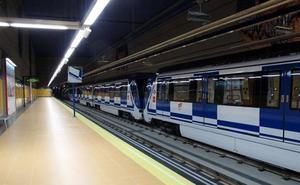 Detenido por matar a un hombre empujándole a las vías del Metro en Madrid