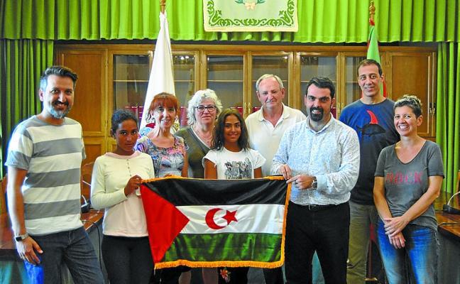 El Ayuntamiento dio la bienvenida a la pequeña Lamina