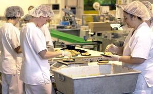 Inspecciones sorpresa y más multas, el plan del Gobierno contra la explotación laboral