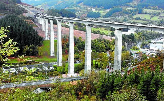 Euskadi arranca 9 millones a Fomento para unir Topo y Renfe en Riberas