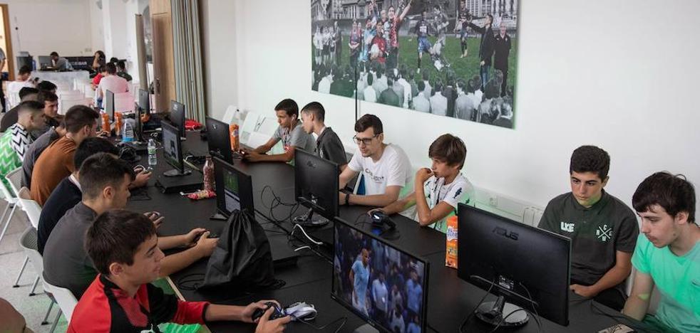 Los 'gamers' se hacen con Ipurua