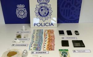 Tres detenidos en Vitoria que integraban una organización dedicada al tráfico de drogas en Gipuzkoa