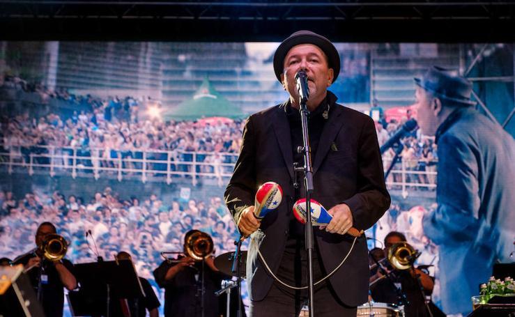Rubén Blades abre el Jazzaldia a ritmo de salsa