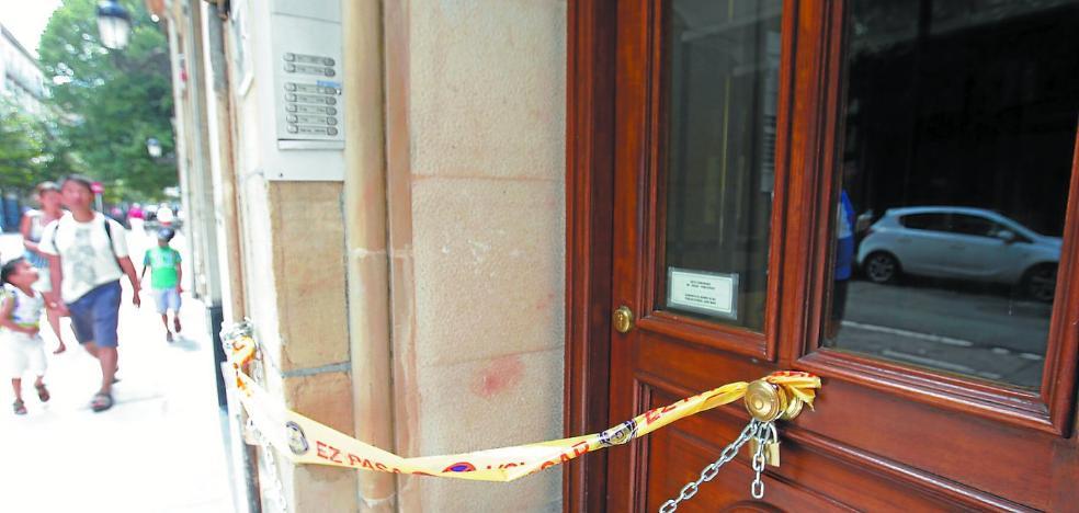 Los vecinos y trabajadores desalojados de Camino 4 podrán regresar mañana al edificio