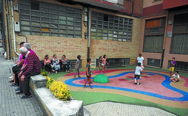 El Ayuntamiento destina 38.300 euros a mejorar zonas de juego