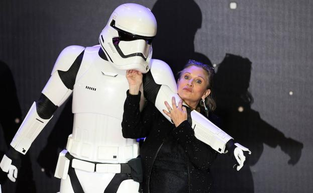 Carrie Fisher posa en 2015. /Paul Hackett (Reuters)