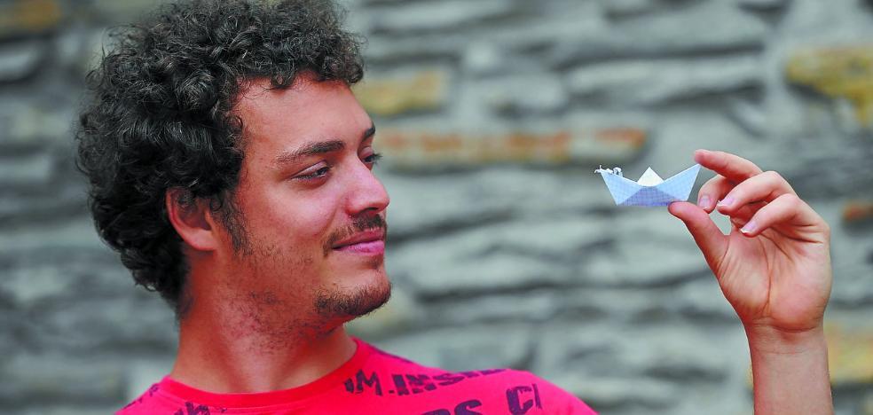 Henrique de Souza (Bailarín): «La danza es un deporte de élite, hay que estar muy fuerte para bailar»