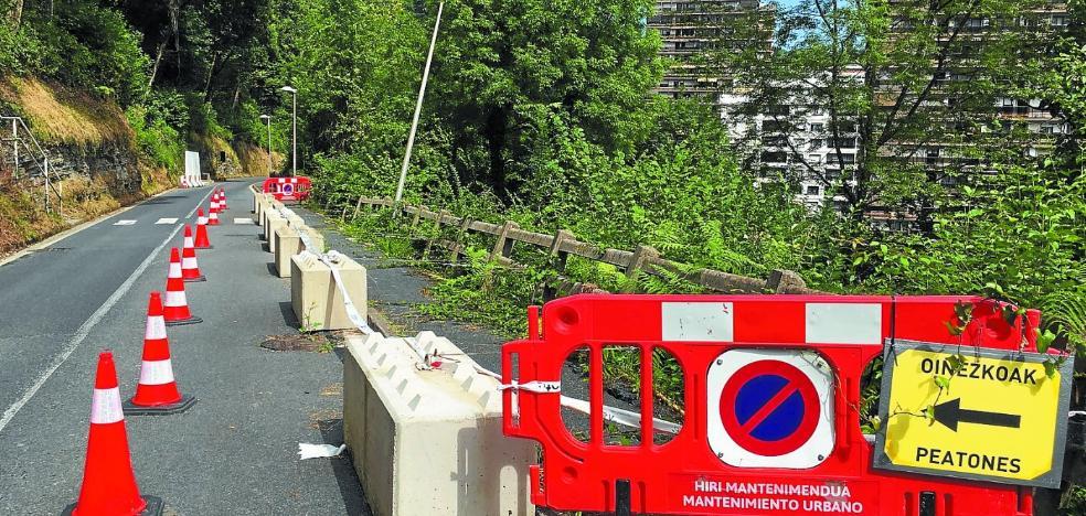 Vías Públicas adjudica la reparación de la acera inhabilitada del Alto de Errondo