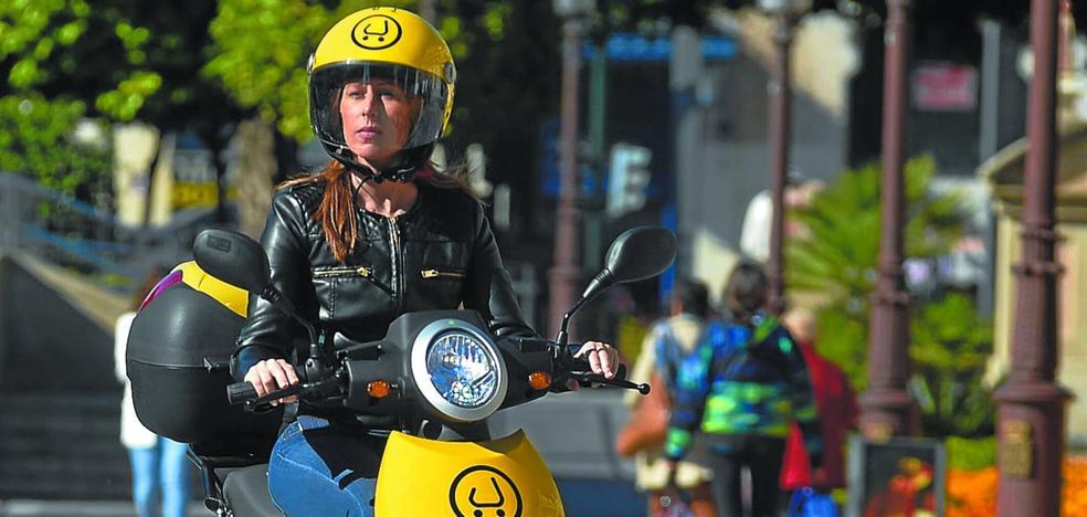 Movilidad estudia implantar un sistema de alquiler de motos eléctricas con pago por uso