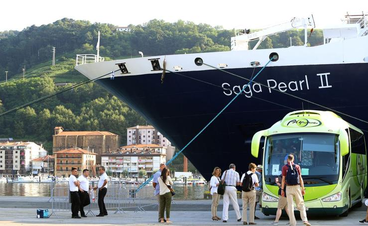 Nuevo crucero de lujo en Pasaia