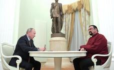 Rusia nombra a Steven Seagal «enviado especial» para las relaciones con EE UU