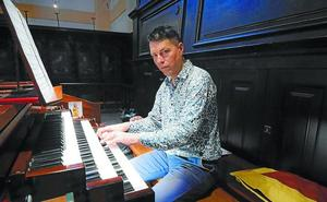«El órgano es una relación de larga duración y muy especial con un instrumento»