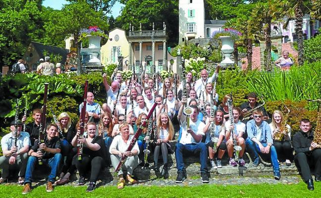 Clarinetes y saxofones de las Islas Feroe, el viernes, en la plazoleta de Bastero