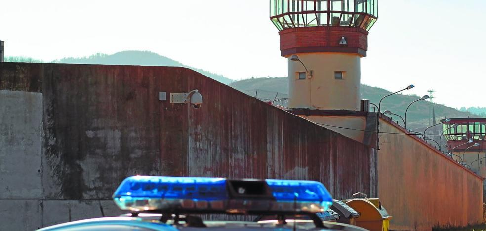 El Gobierno inicia los acercamientos de presos con dos disidentes de ETA que han pedido perdón